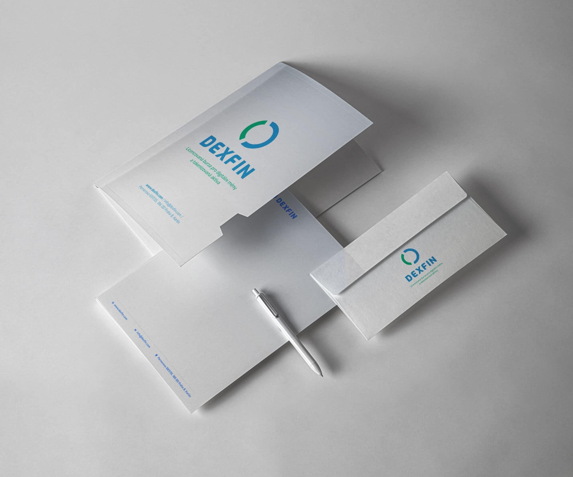 Tvorba loga avizuální identity Dexfin obálka hlavičkový papír adesky